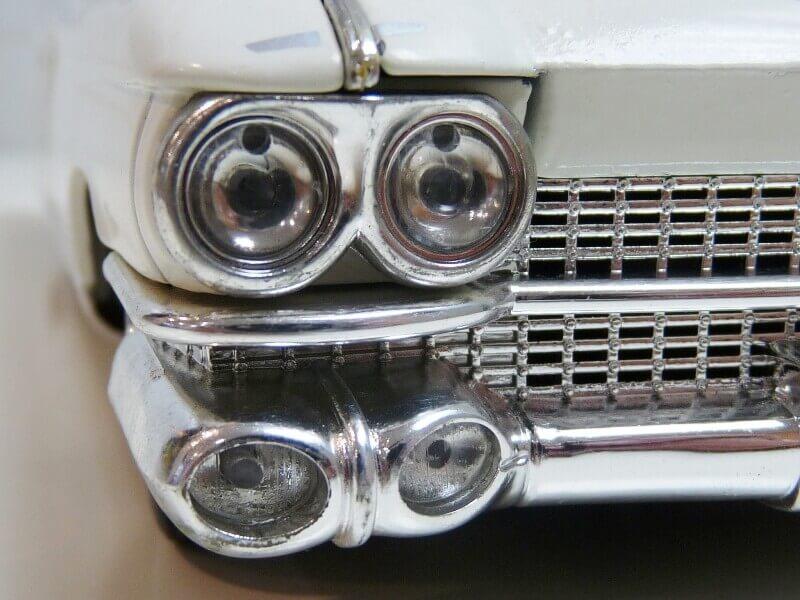 Cadillac Eldorado Biarritz - 1959 - Maisto 1/18 ème Cadeld21