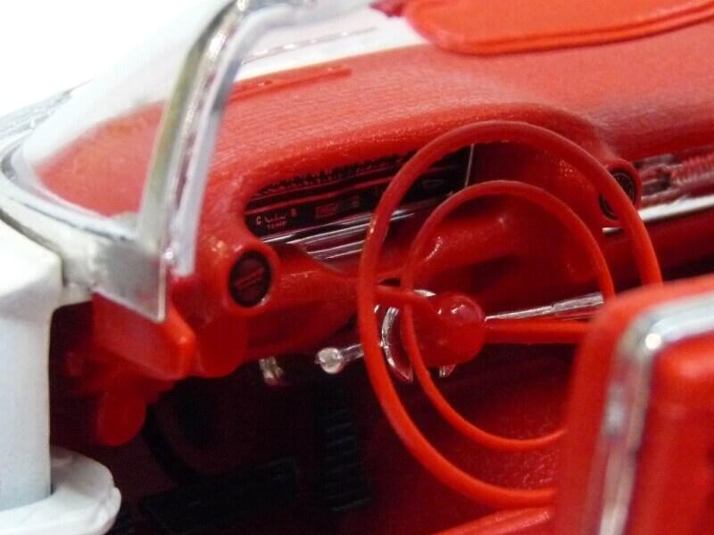 Cadillac Eldorado Biarritz - 1959 - Maisto 1/18 ème Cadeld44