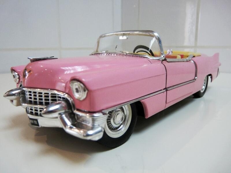 """Cadillac Eldorado """"Pink Cadillac"""" - 1955 - Solido 1/21,5 ème Cadill11"""