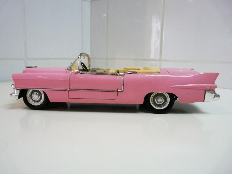 """Cadillac Eldorado """"Pink Cadillac"""" - 1955 - Solido 1/21,5 ème Cadill14"""
