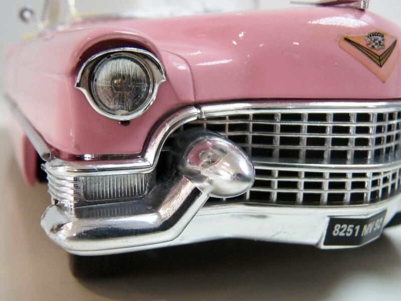 """Cadillac Eldorado """"Pink Cadillac"""" - 1955 - Solido 1/21,5 ème Cadill24"""