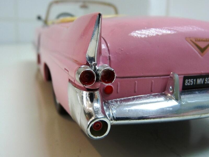 """Cadillac Eldorado """"Pink Cadillac"""" - 1955 - Solido 1/21,5 ème Cadill25"""