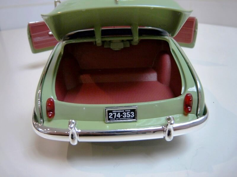 Chevrolet HJ Styleline Deluxe Cabriolet - 1950 - Solido 1/18 ème Chehj_13
