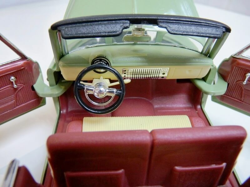 Chevrolet HJ Styleline Deluxe Cabriolet - 1950 - Solido 1/18 ème Chehj_16