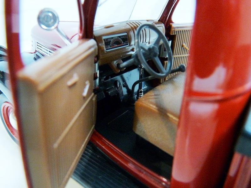 Chevrolet Pick-up type CK - 1946 - Solido 1/18ème Chevpc17