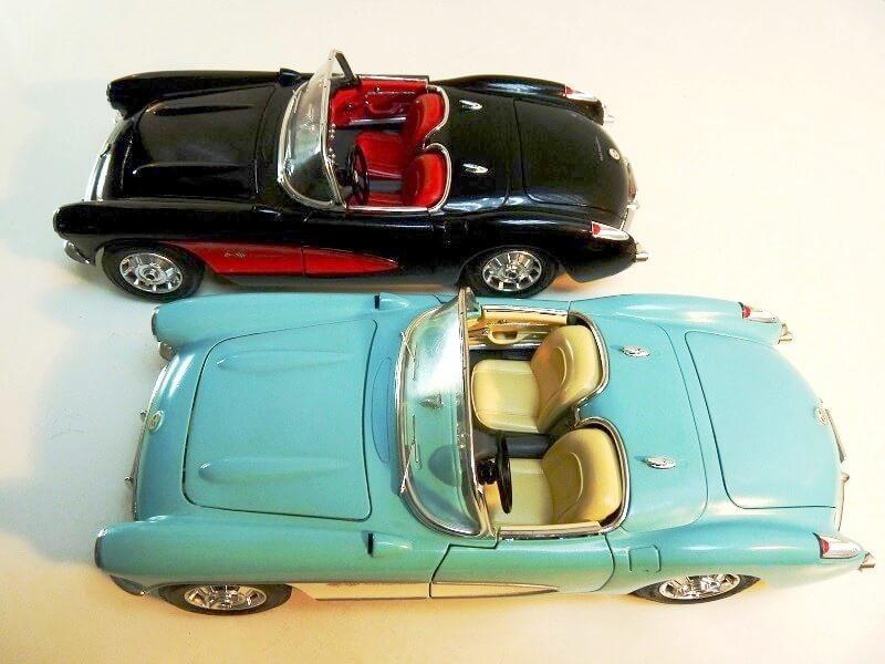 Chevrolet Corvette - 1957 - BBurago 1/18 ème Chevy_13