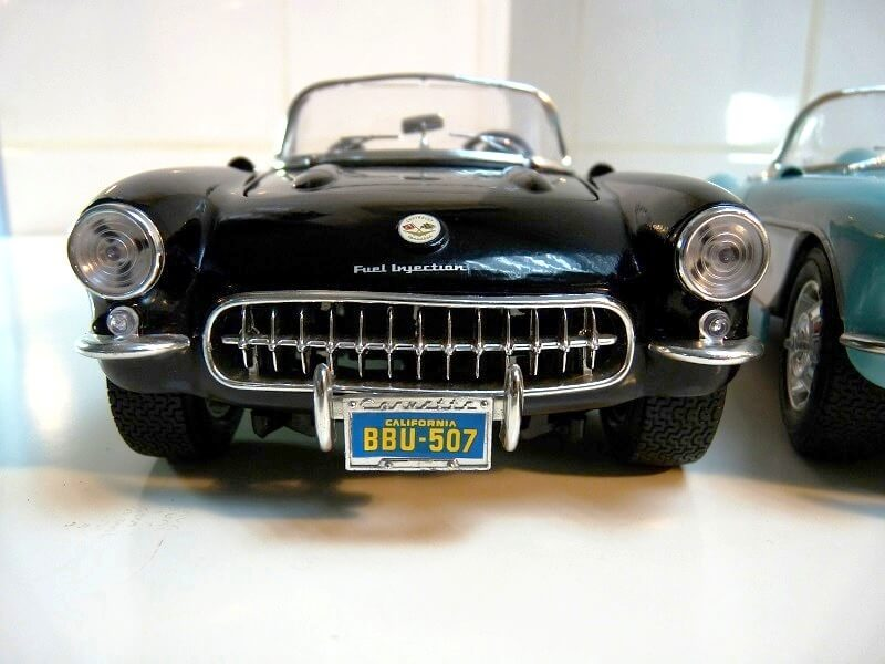 Chevrolet Corvette - 1957 - BBurago 1/18 ème Chevy_15