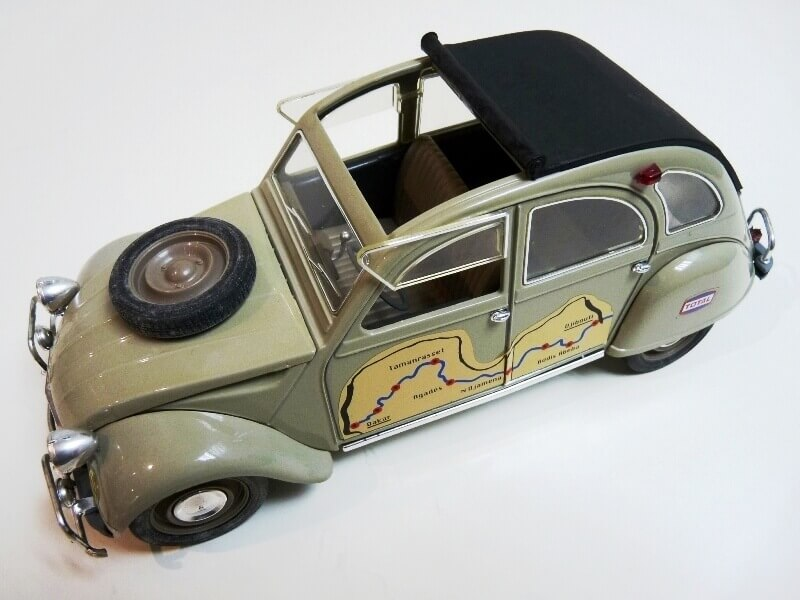 Citroën 2 chevaux Raid - 1966 - Solido 1/17 ème Citr_110
