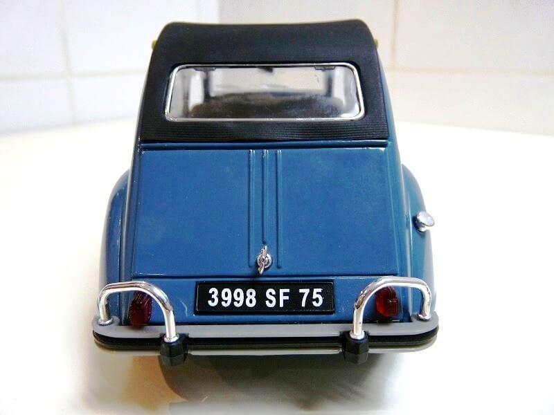 Citroën 2 chevaux - 1965 - Solido 1/18 ème Citro_12
