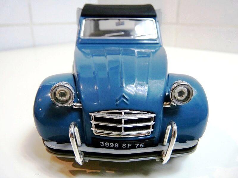Citroën 2 chevaux - 1965 - Solido 1/18 ème Citro_14