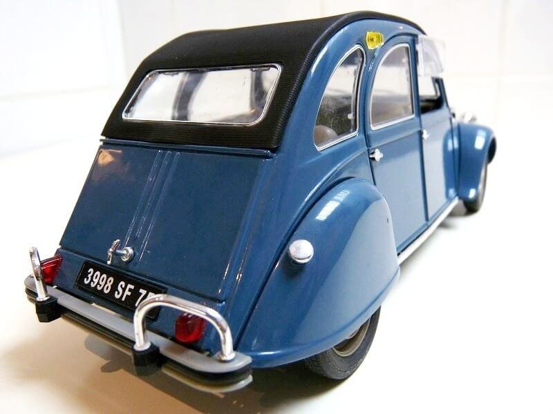 Citroën 2 chevaux - 1965 - Solido 1/18 ème Citro_16