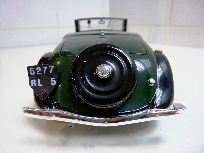 Citroën Traction 11B Cabriolet - 1938 - Solido 1/18 ème Citroe15