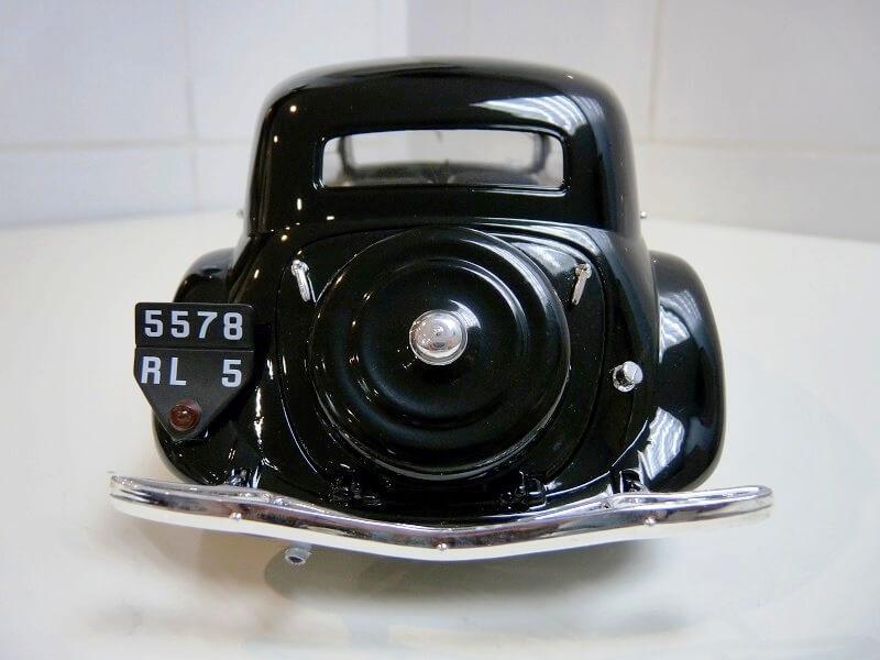 Citroën Traction 11B - 1938 - Solido 1/18 ème Citrot13
