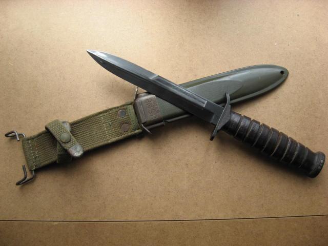 Le poignard USM3 - Page 10 Camill13
