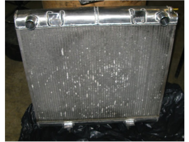 Et un radiateur, Un!!!!!! - Page 3 Radiat12