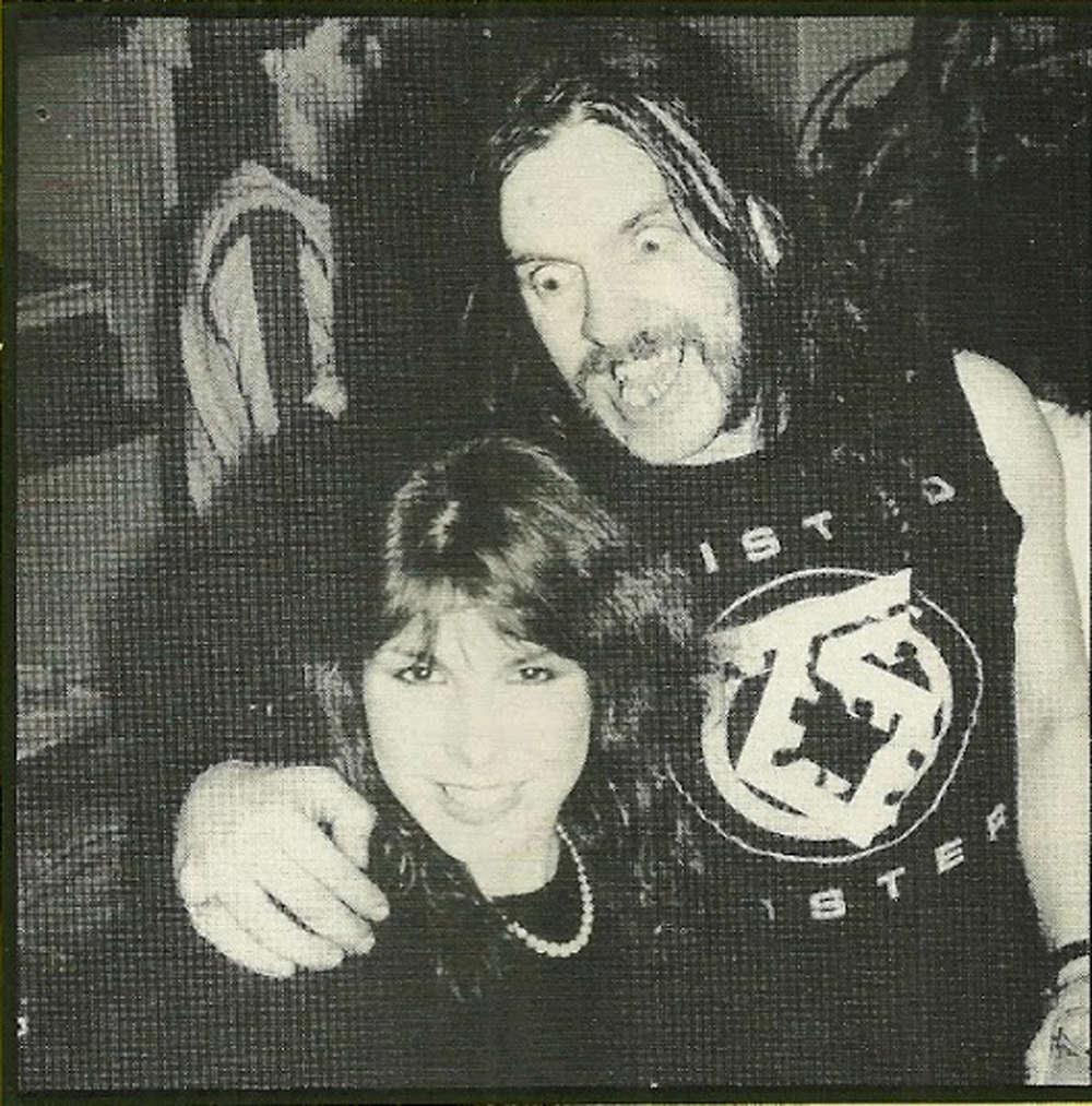 LA PHOTO musicale du jour ... - Page 19 Lemmy_16