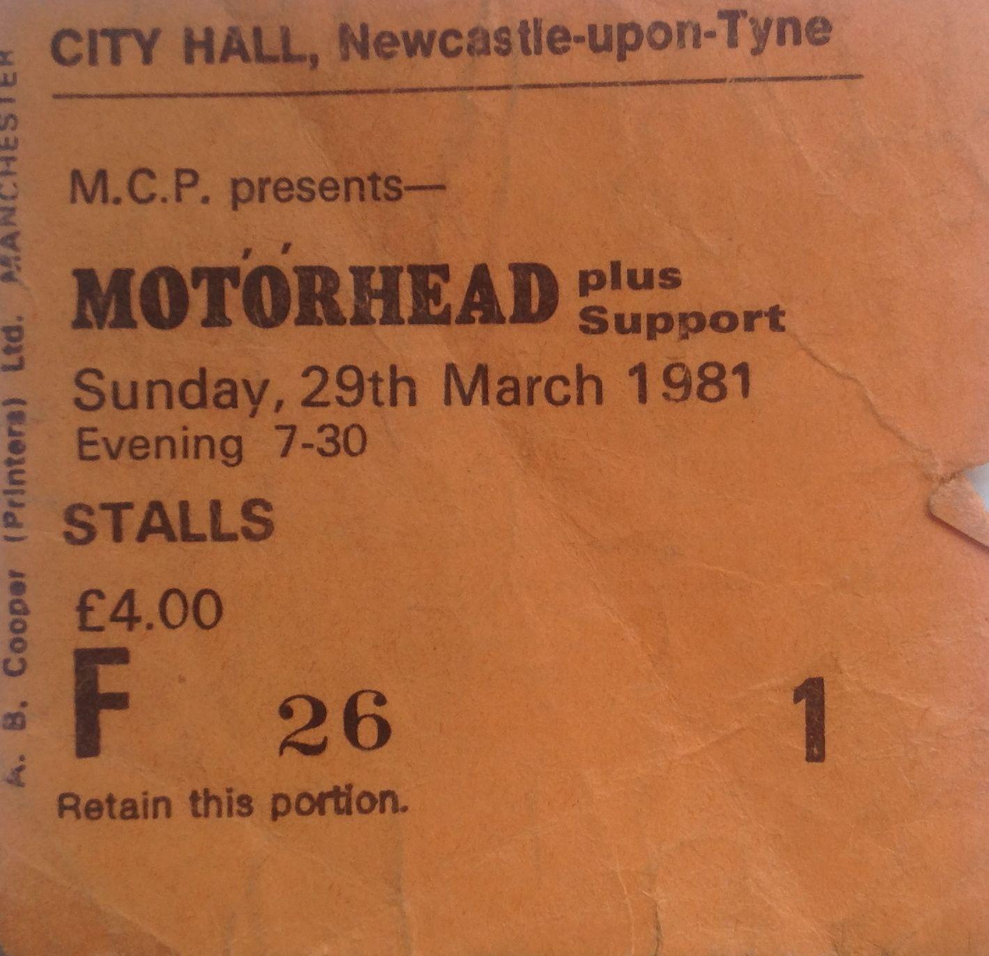 Le jeu des places de concert ... Motorh11
