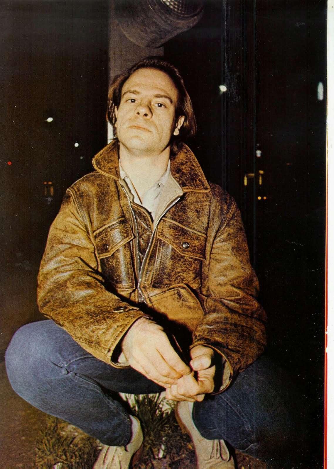 Interview de BERNIE BONVOISIN dans le BEST de mai 1983. (Archive) Scan0022