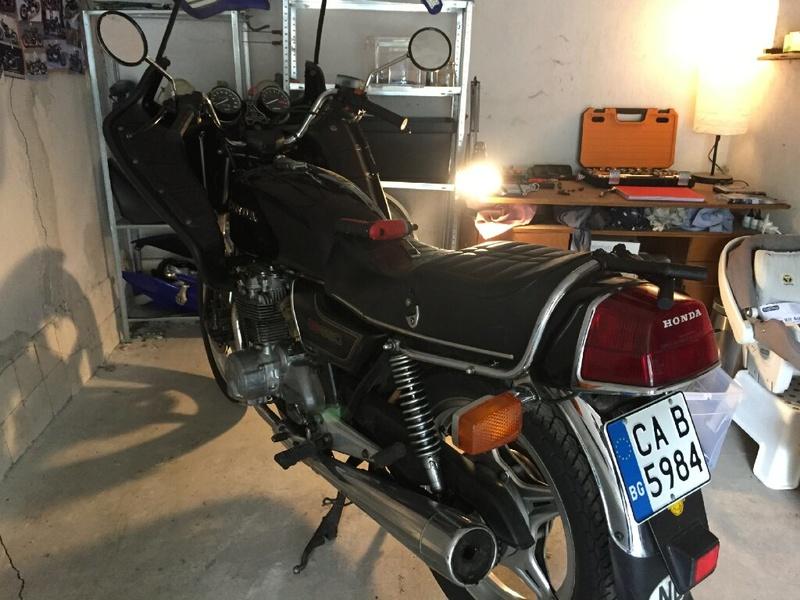 Brigitte la CB650 RC03 se refait une beauté en café racer Img_8812