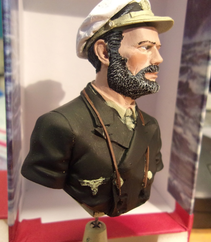 "Bustes 1/10 "" Commandant U-BOOT "" 114_2921"