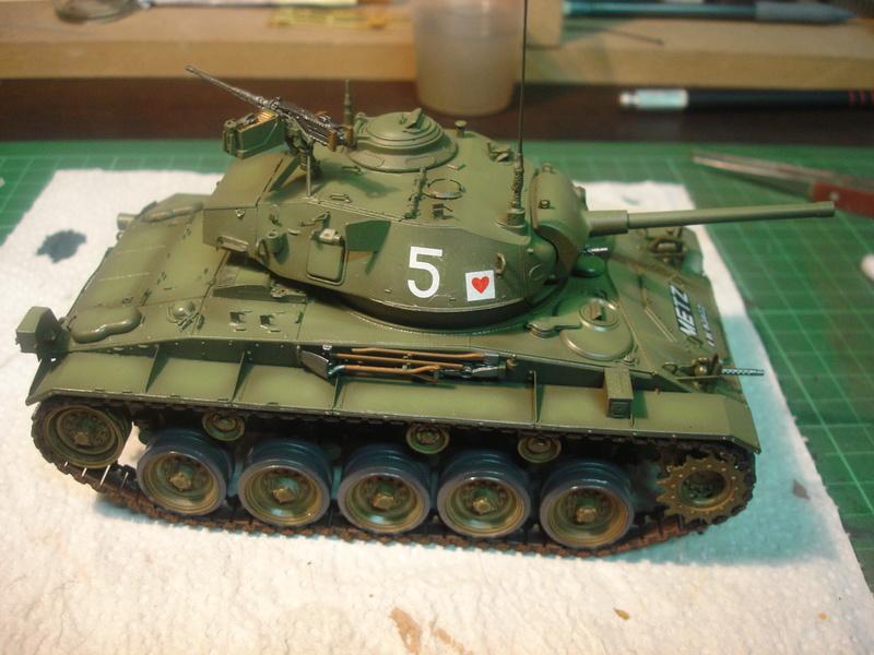 M24 Chaffee - The first Indochina war - AFV Club 1/35 Dsc00013