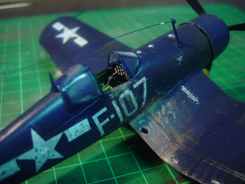 F4U-1 US Navy fighter ACADEMY HOBBY MODEL 1/72 - Page 2 Dsc00058