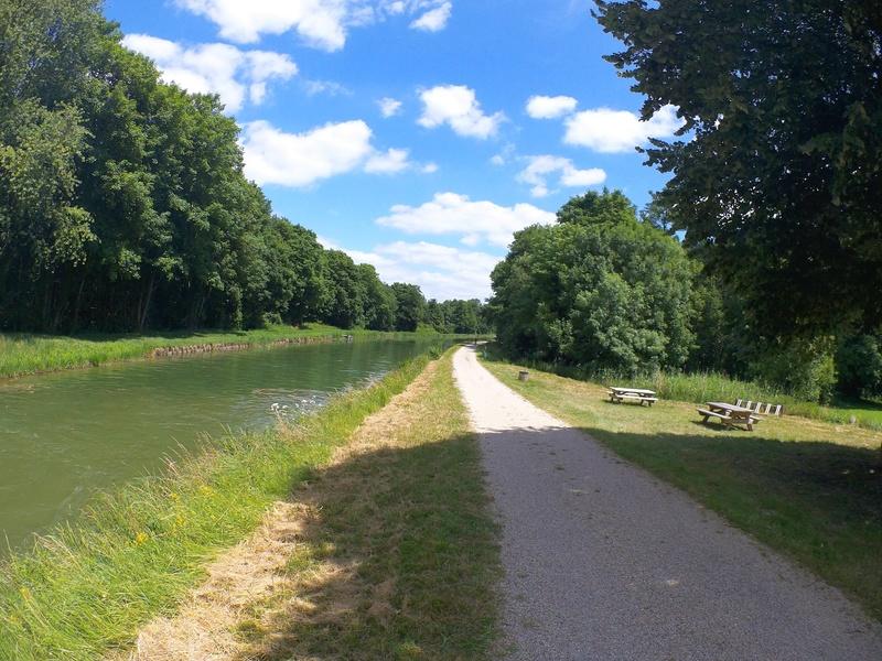 Eurovélo 3, canal du Loing, canal de Briare Canalo14