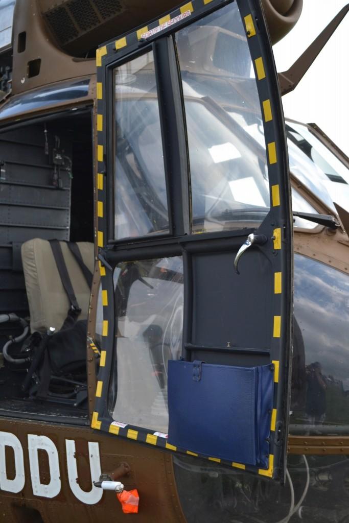 AS-332 Super Puma / Version ALAT  [Italeri, 1/72] A l'arrêt Dsc_0111