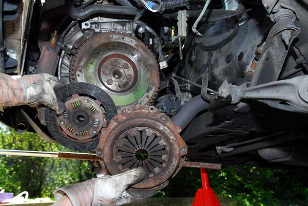 Apprentissage de la mécanique automobile (stages, ressources) Volant10