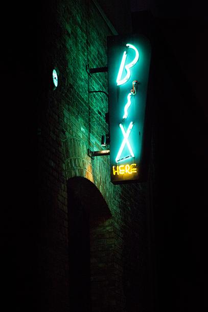 Neon lights A650