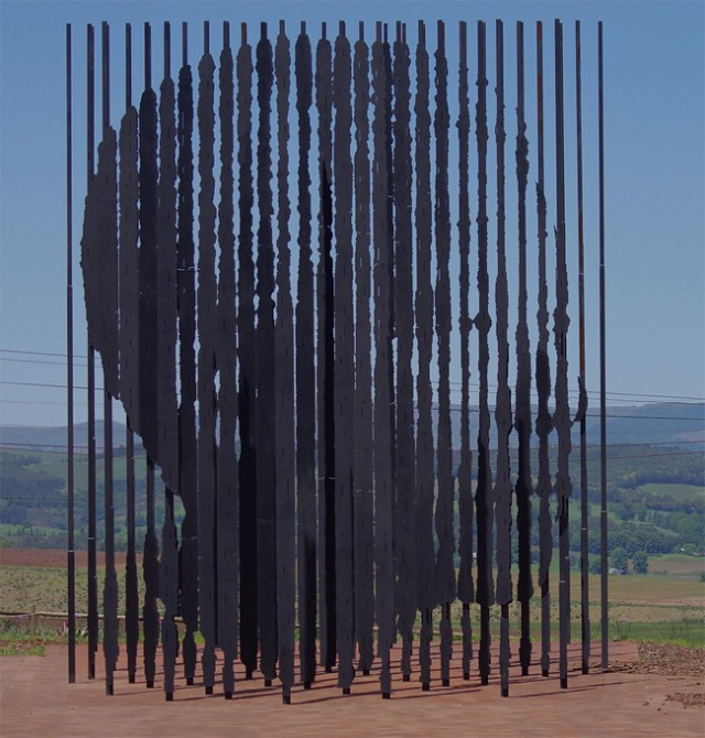 Une sculpture / un sculpteur en passant - Page 4 Aa415