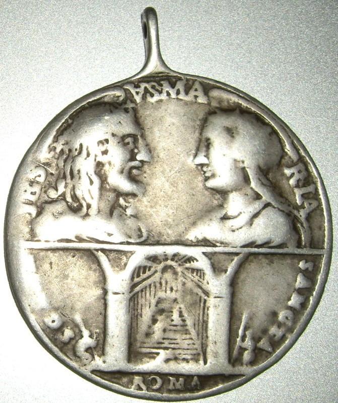 Médaille St-Pierre/St-Paul - revers Jésus/Marie - XVIIIème Imgp9624