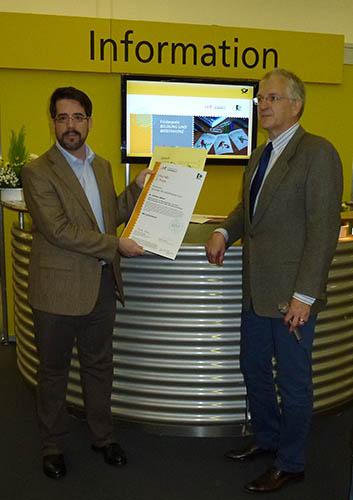 Auszeichnung für Dr. Markus Müller Briefm12