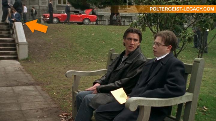 Серия Заместитель Филипп и Докинс беседуют