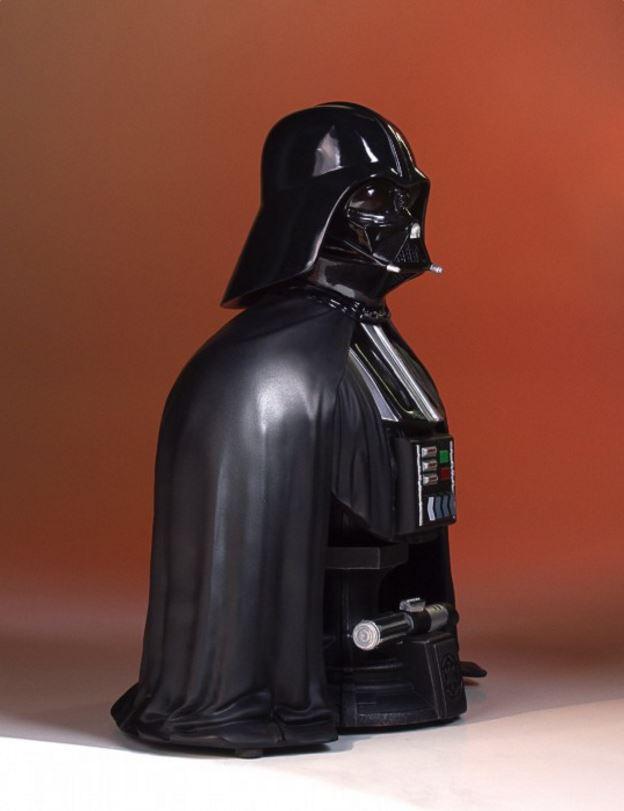 Gentle Giant - Darth Vader Star Wars 40th mini bust SDCC Captur23