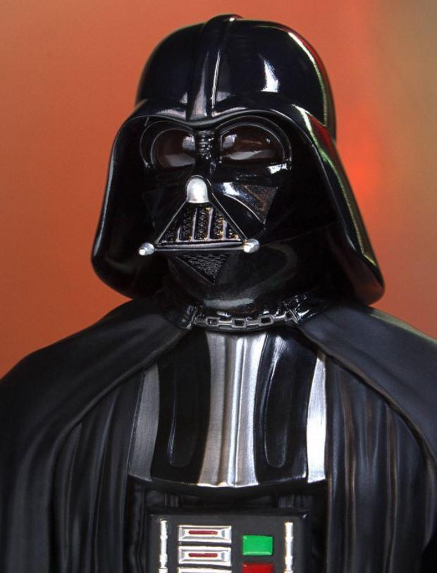 Gentle Giant - Darth Vader Star Wars 40th mini bust SDCC Captur25
