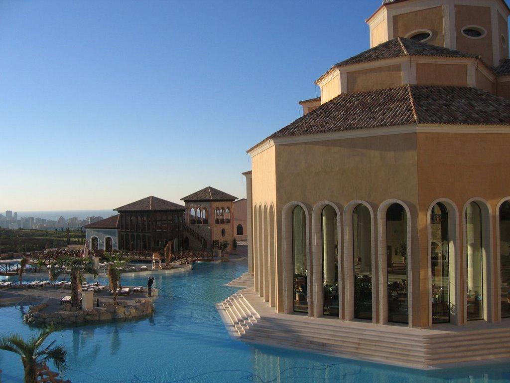 L'impressionnant village-hôtel Meliá Villaitana, Benidorm (Espagne) 16402910