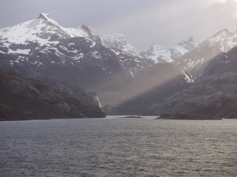[ Chili ] Balade dans le détroit de Magellan avec Panoramio. 81562310