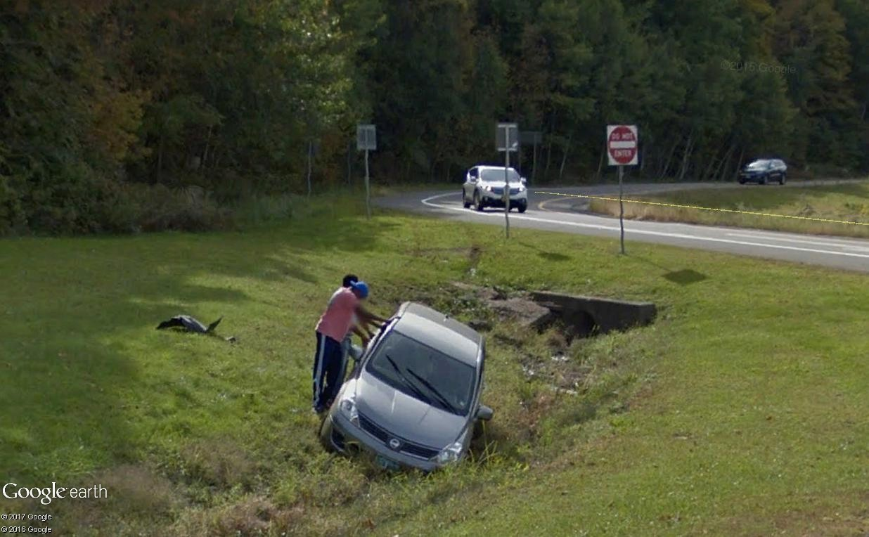 STREET VIEW : les accidents de circulation - Page 3 Accide11