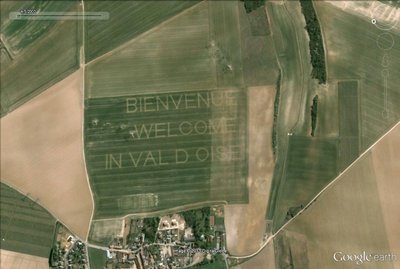"""Message """"Welcome in Val d'Oise"""" près de l'aéroport Roissy-Charles de Gaulle Bienve10"""