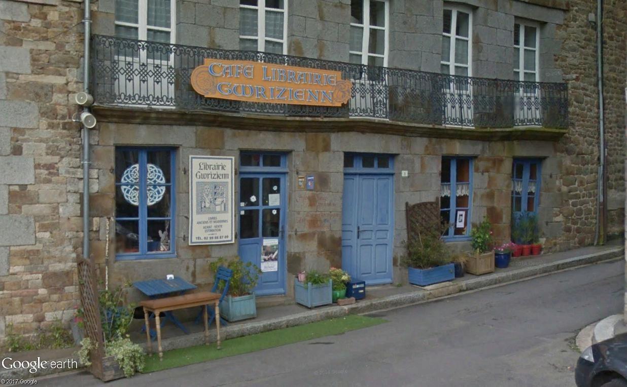 Bécherel (Ille-et-Vilaine) : 700 habitants... et quelques livres ! Cafy_l10