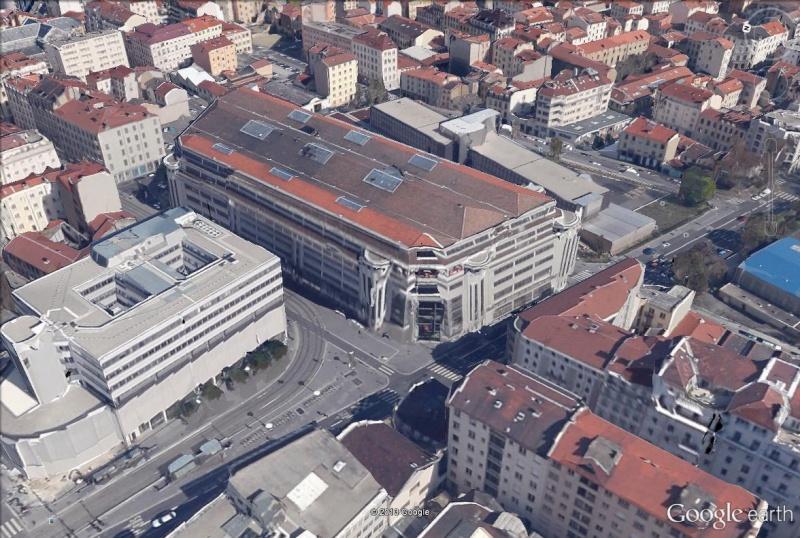 """Le garage Citroën de la rue de Marseille à LYON, """"plus grande station-service du monde"""" Citroe10"""