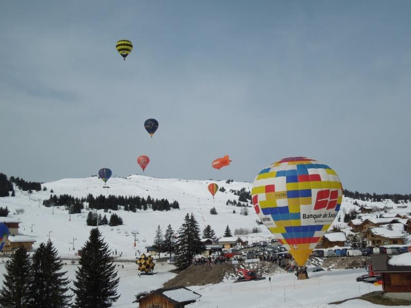 Les Saisies (Savoie) et ses montgolfières Dscn6310