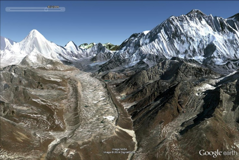 L'ascension de l'Everest Glacie15