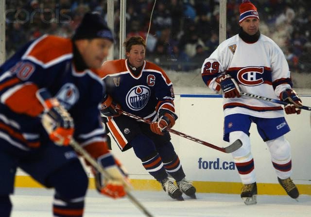 Hockey sur Glace : matchs en exterieur Gretzy10