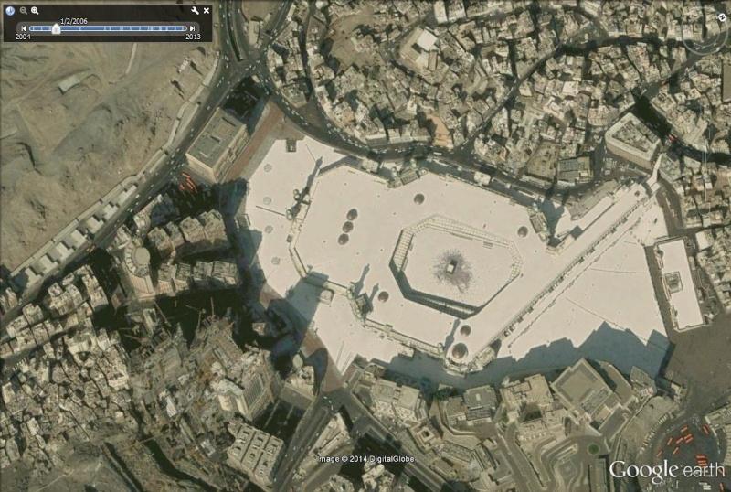 A la queue leu leu : les files d'attente humaines les plus longues Kaaba_11