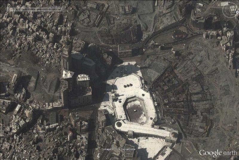 A la queue leu leu : les files d'attente humaines les plus longues Kaaba_15