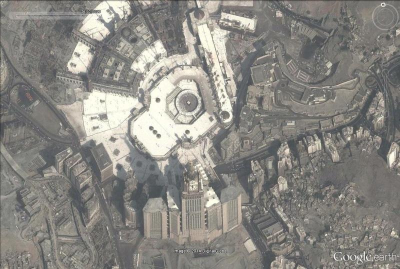 A la queue leu leu : les files d'attente humaines les plus longues Kaaba_17