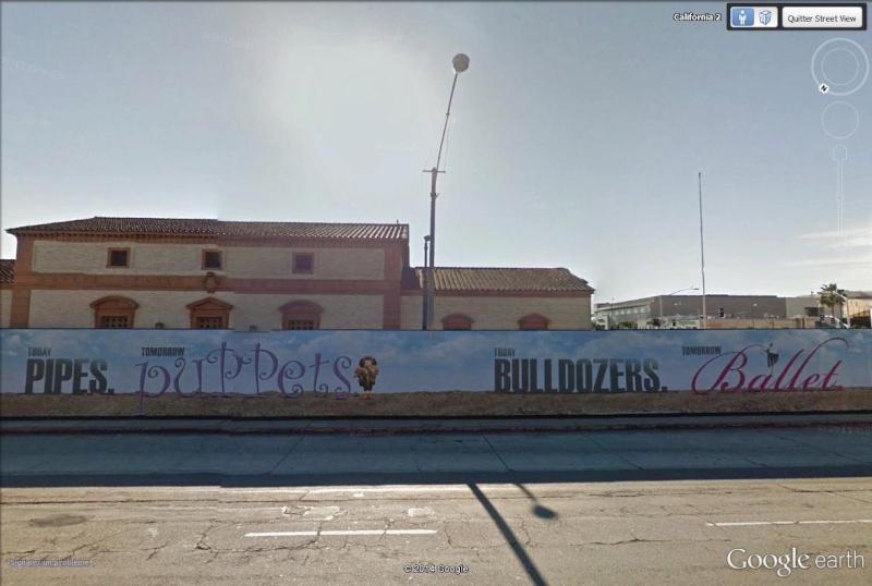 STREET VIEW : les palissades de chantier du Wallis Annenberg Center, Beverly Hills, Californie La210
