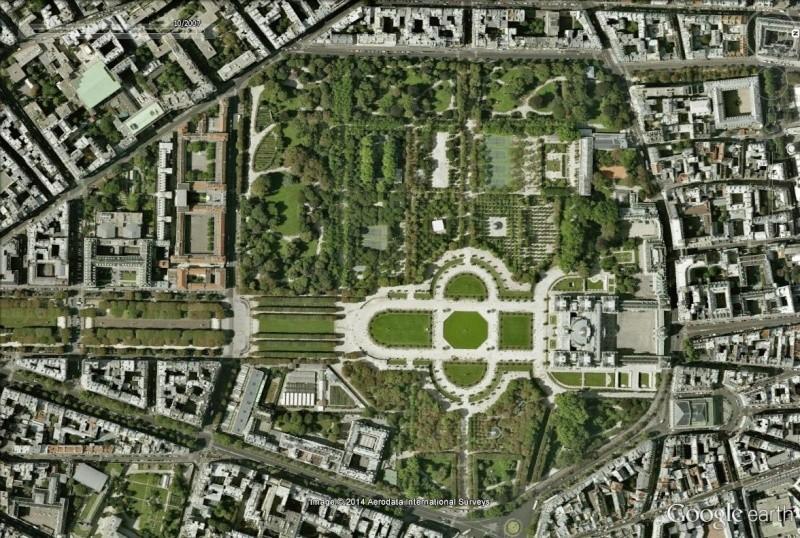Visite de Paris en mode MONOPOLY Luxxw10
